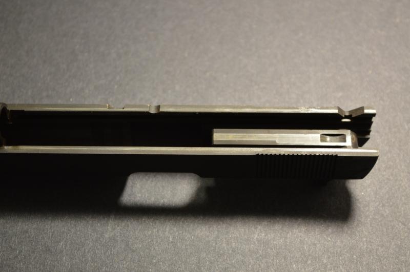 Slide internals. Note the Series 70 design.